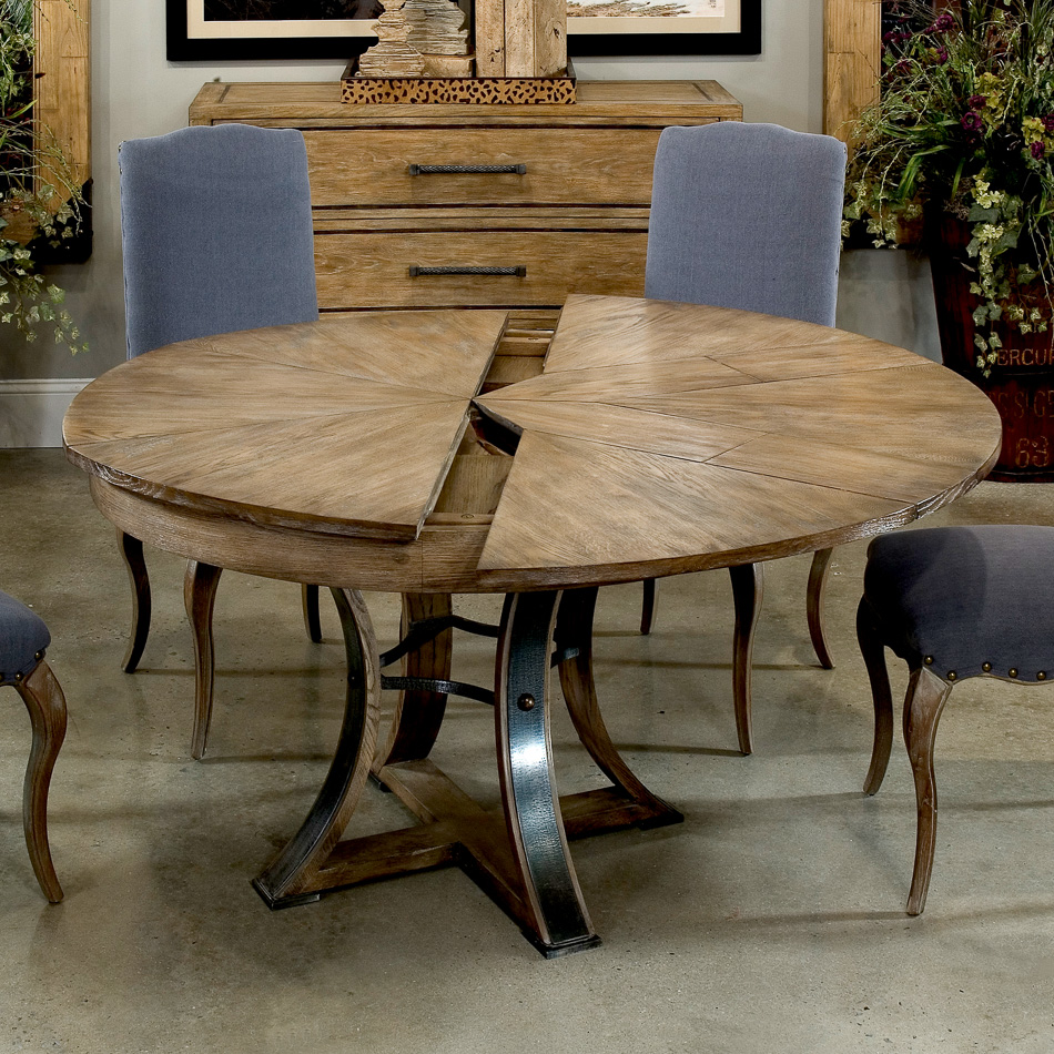 Tower Jupe Dining Table